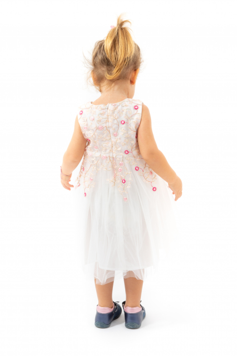 Rochie Cu Broderie Si Tulle 2