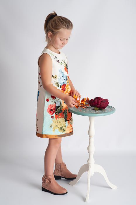 Rochie din brocart cu flori 3