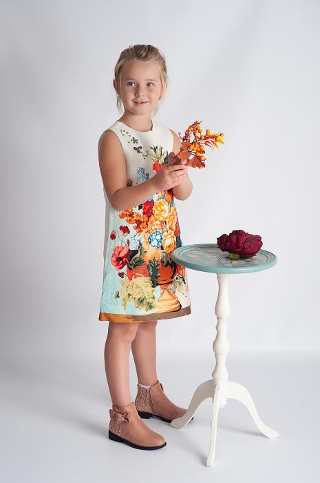Rochie din brocart cu flori 1