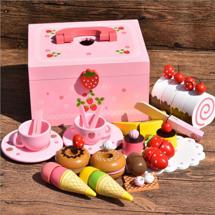 Set de înghețată, dulciuri și ceai din lemn în cutie roz cu căpșună 0