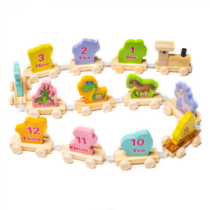 Trenulet din lemn cu vagoane cu animalute 1