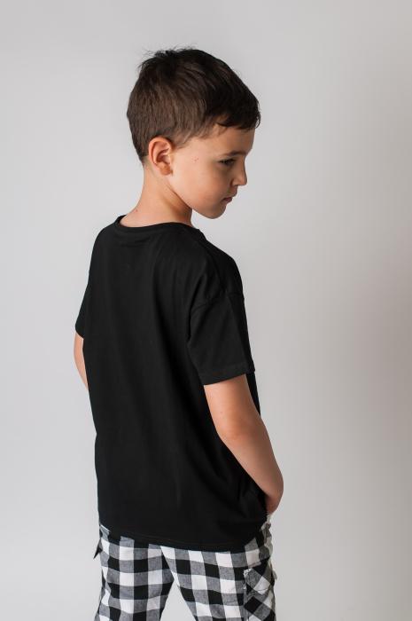 Tricou cu imprimeu culoare negru 4