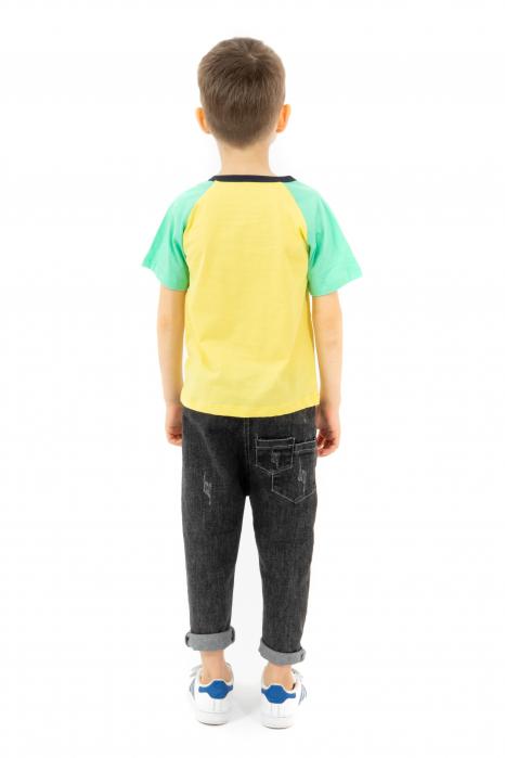 Tricou galben cu guler contrastant 2