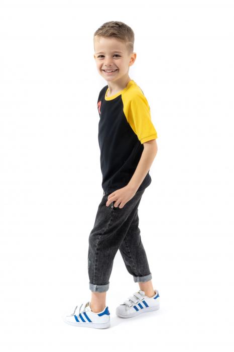 Tricou negru cu guler contrastant [1]
