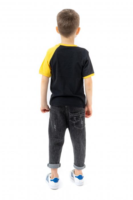 Tricou negru cu guler contrastant [2]