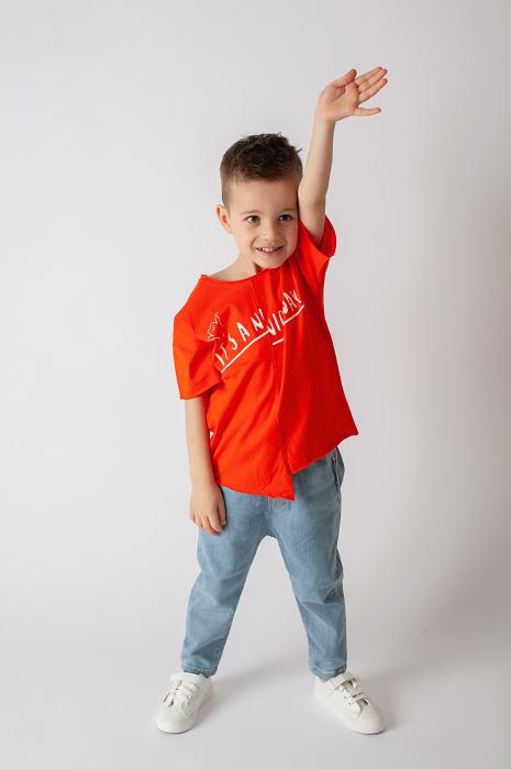 Tricou portocaliu cu text 2