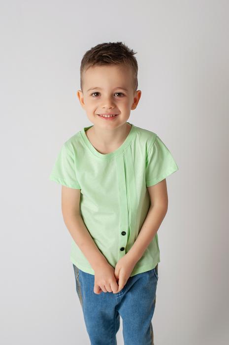 Tricou verde cu nasturi si cute 1