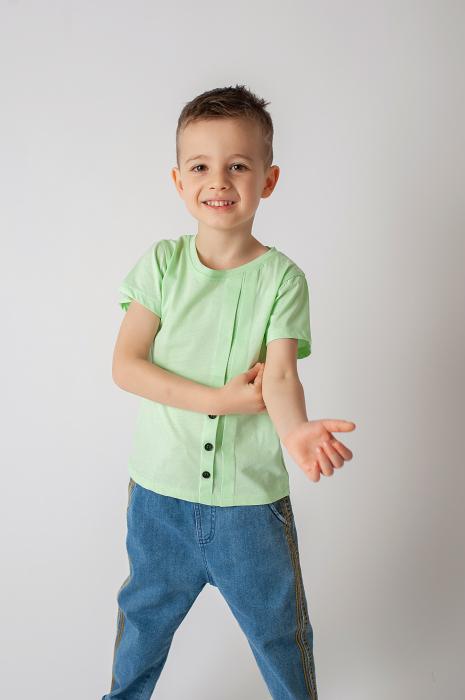 Tricou verde cu nasturi si cute 2