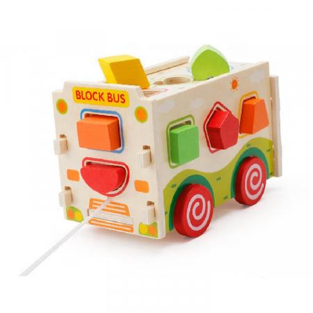 Masina din lemn - sortator de forme geometrice si jucarie de tras0