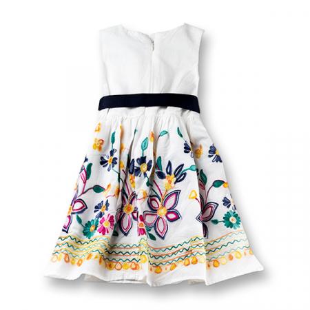 Rochie cu flori brodate1