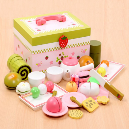 Set de ceai și dulciuri din lemn în cutie verde și roz cu căpșună0