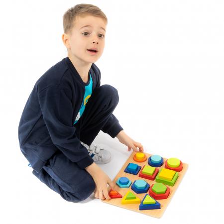 Puzzle 3D din lemn in cutie cu forme geometrice colorate [1]