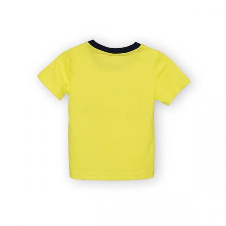 Tricou galben cu text si guler contrastant4