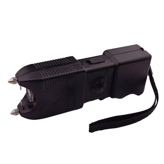 Aparat electrosoc pentru autoaparare cu lanterna si sirena TW-10 4