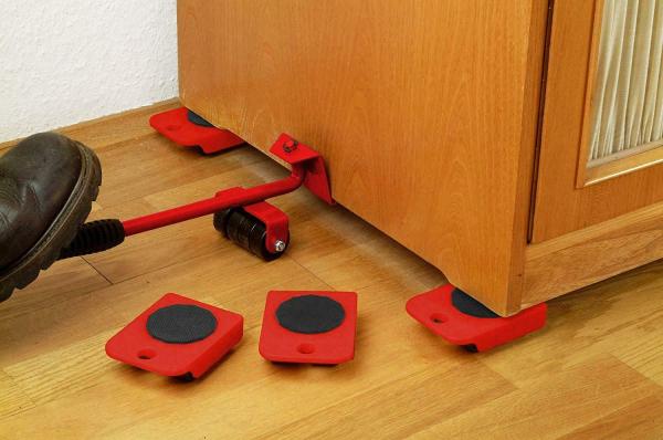Dispozitiv pentru mutat mobila sau alte obiecte grele cu 4 role x 150 Kg 3