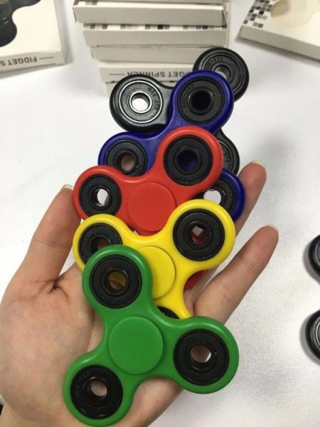 Jucarie Fidget Spinner 1