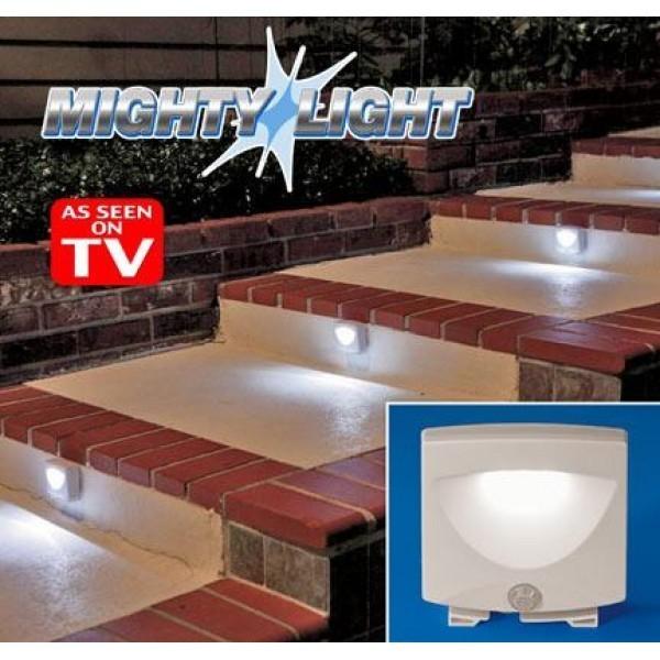 Lampa cu senzor de miscare pe baterii Mighty Light 0