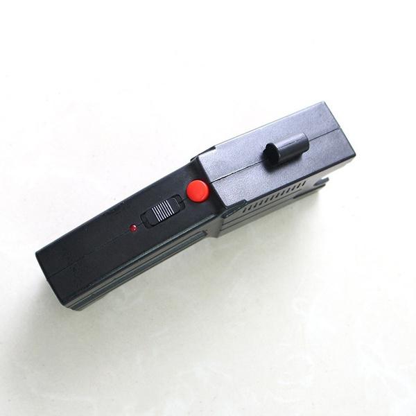 Pistol taser cu electrosoc si 3 rezerve cartuse 2