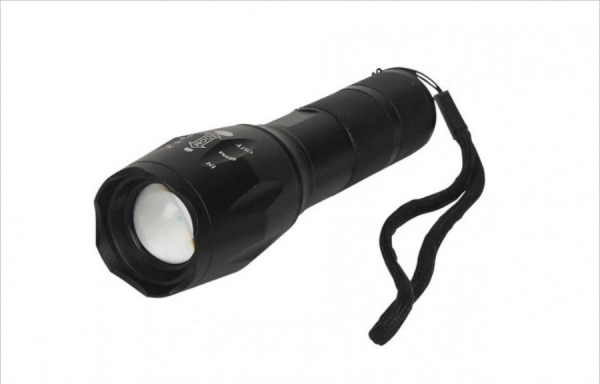 Set 2 lanterne Tactice Tac Light Super LED Tac Light 1+1 Gratis [0]
