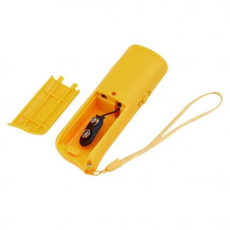 Aparat portabil ultrasunete impotriva cainilor agresivi sau pentru dresaj2