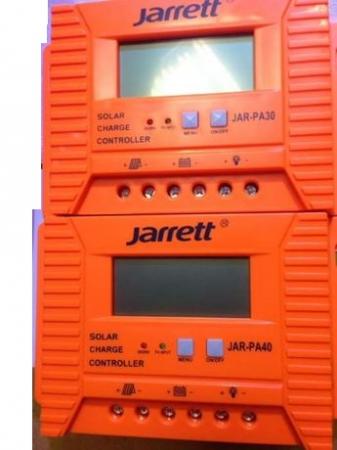Controller 40 A Jarrett,pentru panou solar cu afisare LCD si iesire USB 5V-2A3