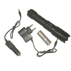 Electrosoc autoaparare cu lanterna 3 faze si incarcator auto Piranha5