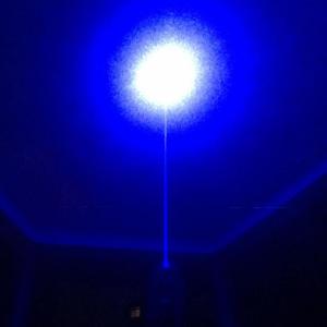 Laser pointer albastru de mare putere 5000 mW professional1