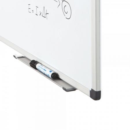 Whiteboard simplu cu rama din aluminiu emailat Rocada2
