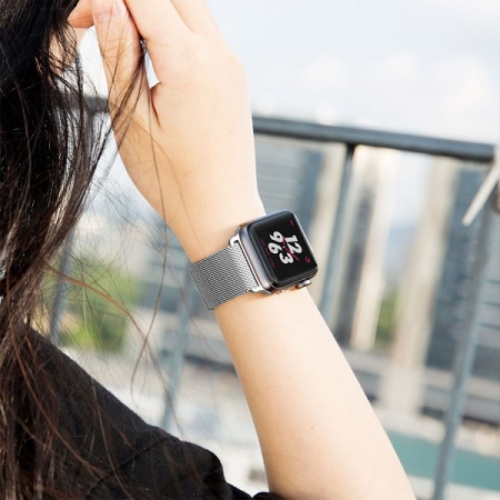 Bratara Curea Apple Watch Magnetica Metalica Milanese Loop argintie 38/40mm [8]