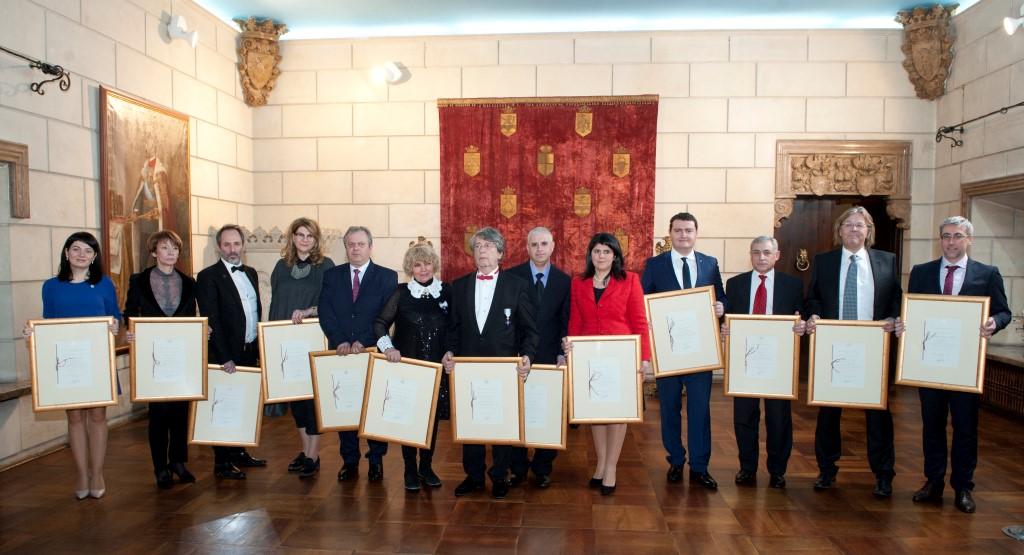 Olla Floral Art - Furnizor al Casei Regale a României - ceremonia
