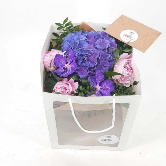 Echilibru Autentic buchet de flori Olla din Hortensia mov si Orhidee vanda [2]