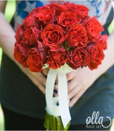 Pasiune Nemuritoare, buchet de mireasa din Trandafiri 0