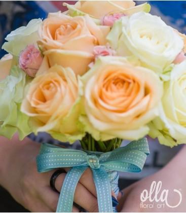 Piersicuta Delicata, buchet de mireasa din trandafiri premium 2