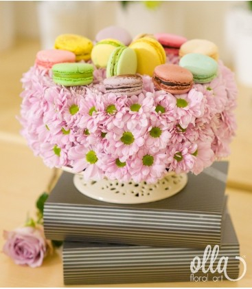 Tinerete Vesnica, tort floral cu macarons 0