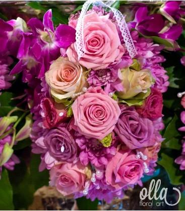Ursitoarele Iubirii, decor floral pentru cristelnita 1