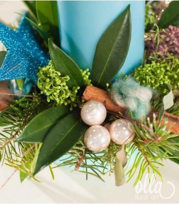 Blue Christmas, aranjament de Craciun cu lumanare si brad1