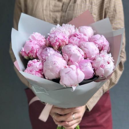 buchet-de-flori-olla-din-bujori-roz-sarah-bernhardt [0]