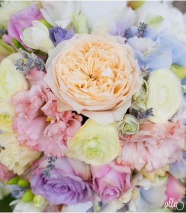 Culoarea Iubirii, lumanari de nunta in nuante pastelate0