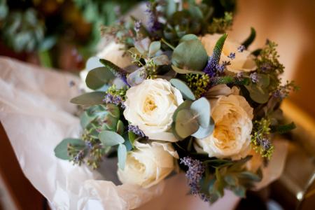 Eleganta Naturii, buchet de mireasa din trandafiri albi David Austin [0]