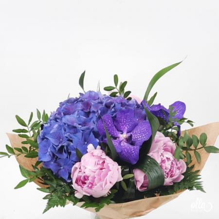 Echilibru Autentic buchet de flori Olla din Hortensia mov si Orhidee vanda [1]
