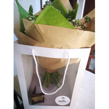 Parfum de Primavara, buchet de flori Olla, din Bujori Corai si Gura Leului [5]
