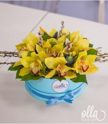 Primavara Eterna, aranjament floral in cutie0