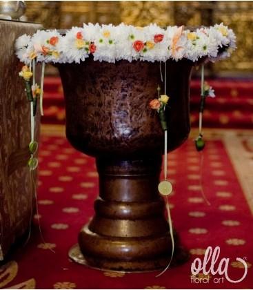 Veste Infloritoare, decor floral pentru cristelnita0