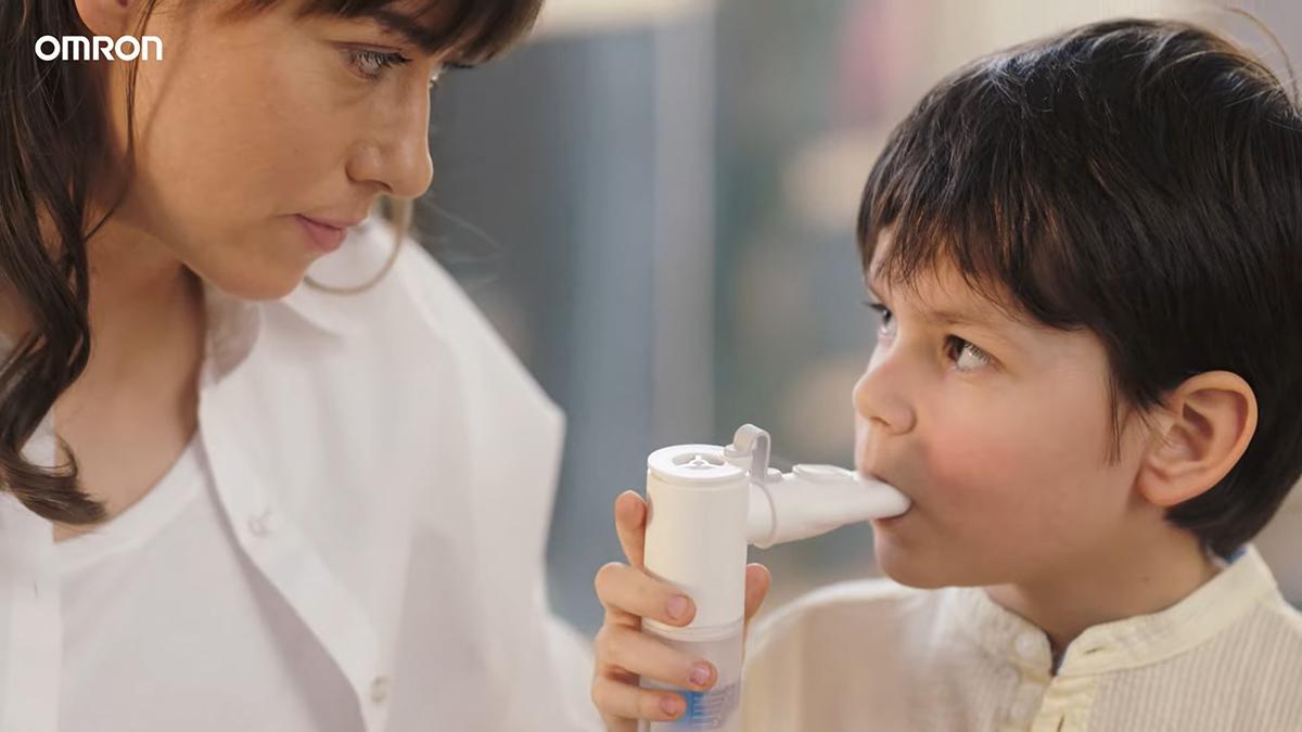 Omron-C28P-X105-Aparat-aerosoli-2021-tratament-cai-respiratorii