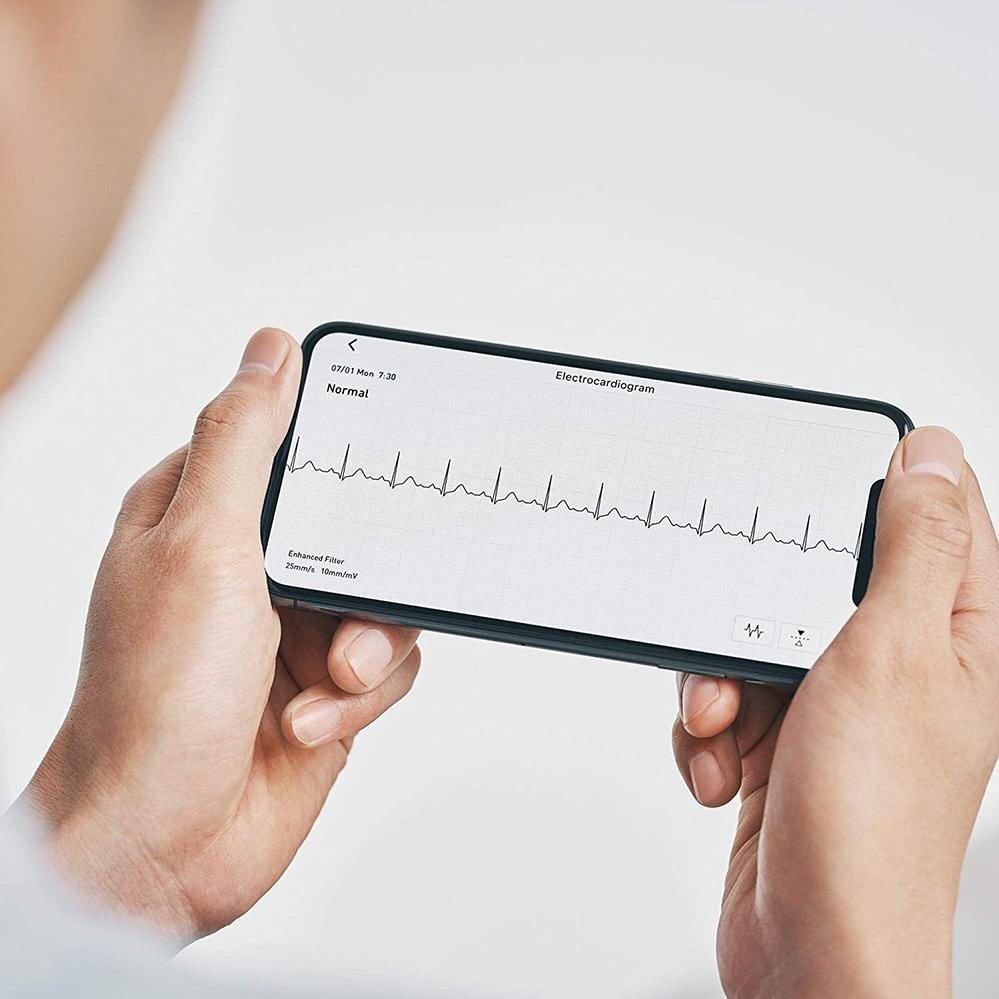 TENSIOMETRU-OMRON-COMPLETE-determinare-electrocardiograma-ecg
