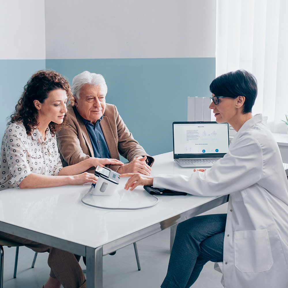 TENSIOMETRU-OMRON-COMPLETE-ECG-ekg-VALIDAT-CLINIC-FUNCTIE-AFIB-medic