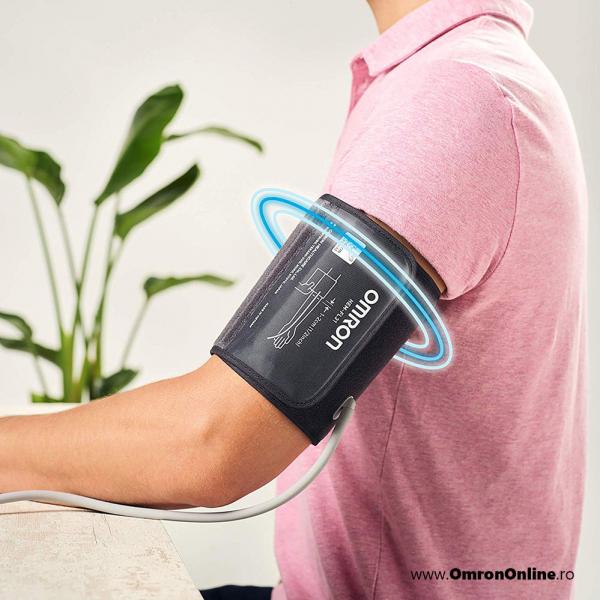 OMRON M3 Comfort (HEM-7155-E) - Tensiometru de brat, manseta inteligenta Intelli Cuff, validat clinic, garantie 3 ani [4]