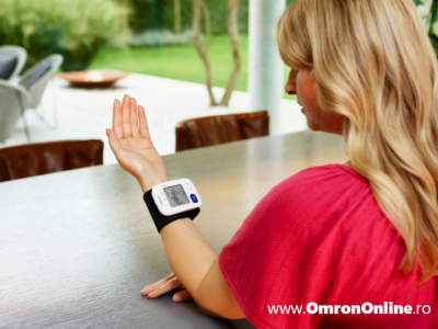 OMRON RS4 - Tensiometru de incheietura, validat clinic, indicator zona cardiaca [2]