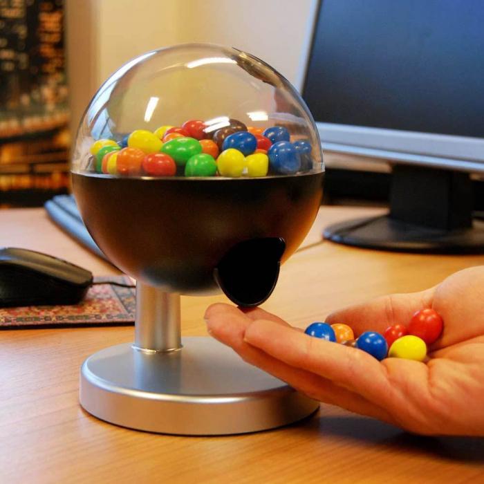 Dispenser pentru bomboane [0]
