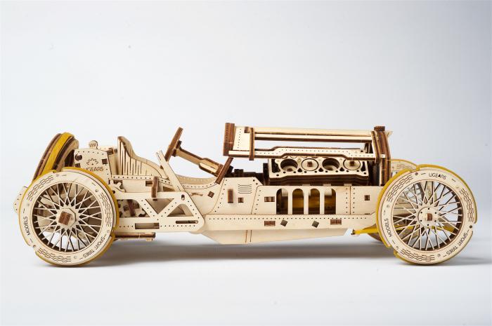 Puzzle mecanic Masina U-9 Grand Prix 2